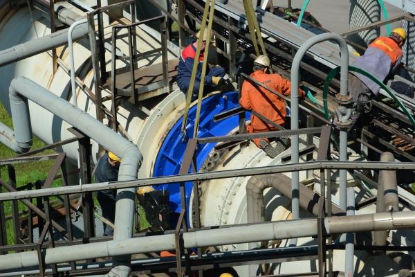 Výměna klapky vysokopecního plynu DN 2000 u plynojemu